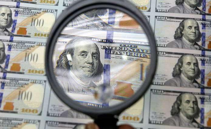 Доллар побил собственный рекорд: чего ждать дальше?
