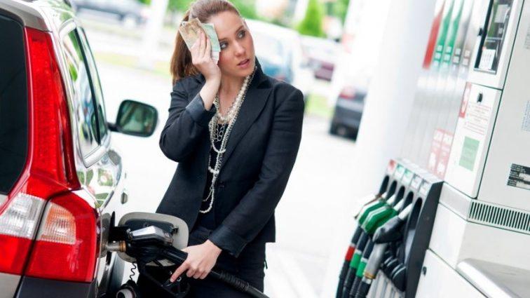 Почему дорожает бензин? Эксперты назвали 2 основные причины