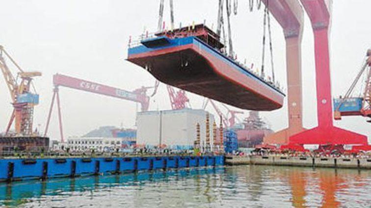 В Китае представили первое судно, которое работает на электроэнергии