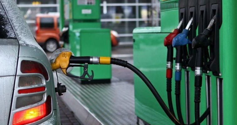 Сколько сегодня придется заплатить за топливо для автомобиля: анализ цен на АЗС