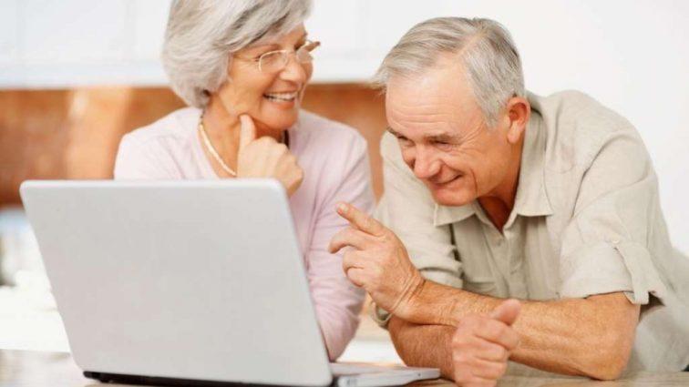 В новом году пенсионеры станут богаче на…