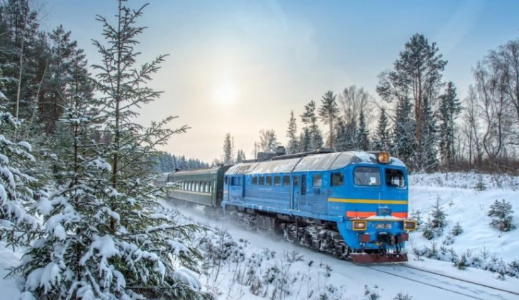Планируете поездку на рождественские праздники? Укрзализниця добавила 29 поездов, чтобы все смогли доехать