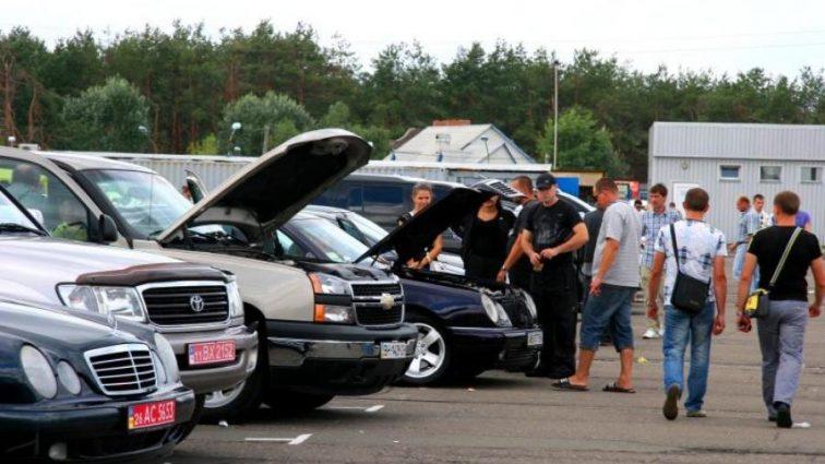 «Хороший и по доступной цене»: Украинцам рассказали, где задешево приобрести автомобиль