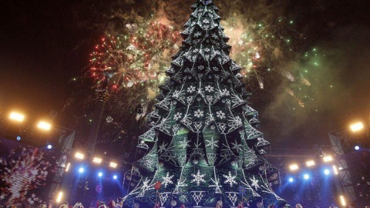 «Не по карману»: сколько стоит отдых возле главной елки Украины