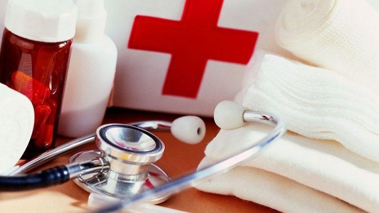 «Из-за нехватки средств»: Более чем треть украинцев отказывает себе в профессиональной медицинской помощи