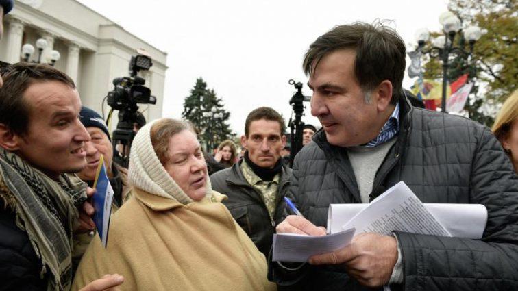 «Я их буду атаковать больше, чем когда-либо …» Саакашвили все объяснил в открытом письме Порошенко