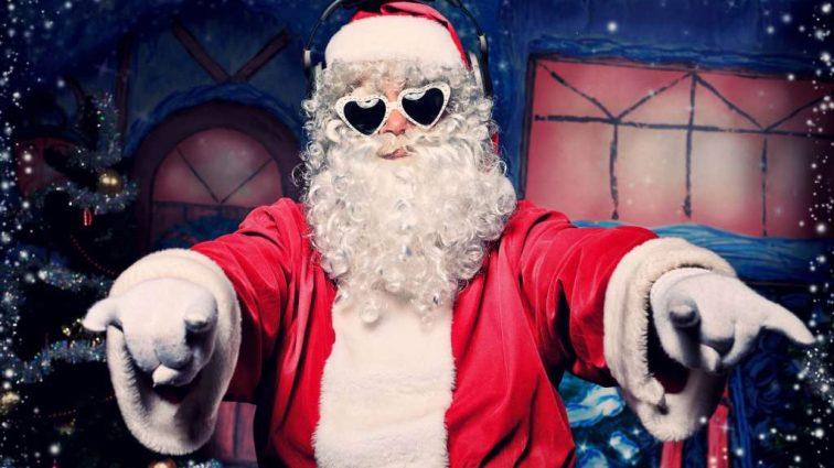 «Веселый бизнес» — как зарабатывают Деды Морозы в Киеве?