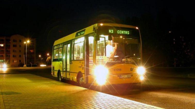 Проезд в маршрутках снова подорожает: когда и на сколько