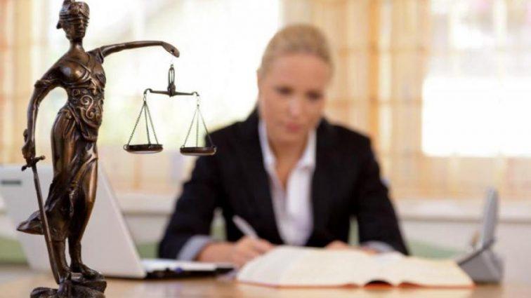 Юристам грозит опасность остаться без работы