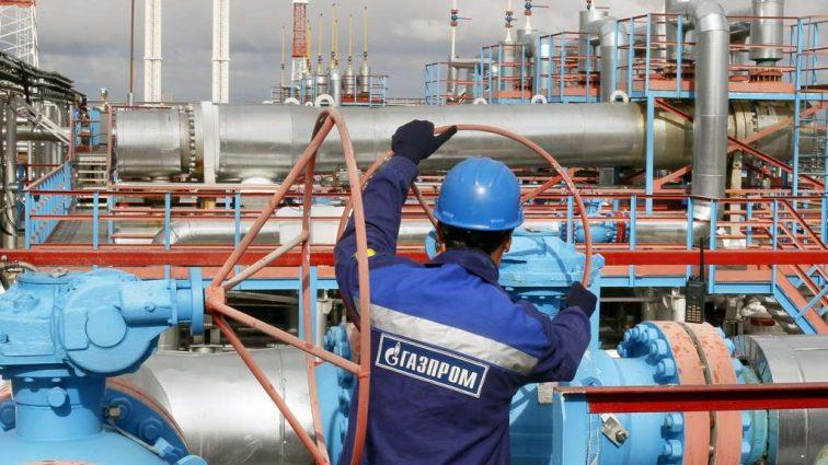 «Газпром» значительно сократил транзит газа