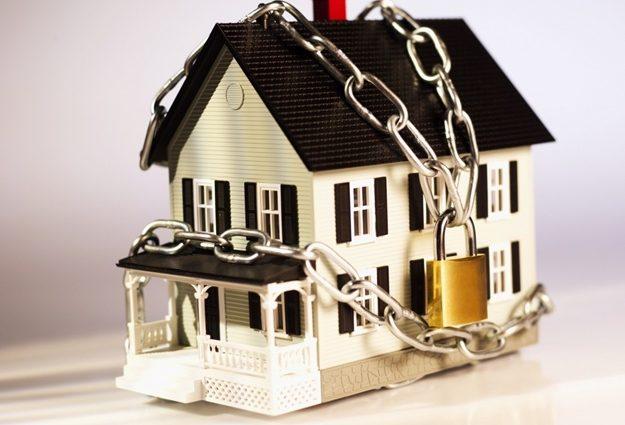 «У должников могут арестовать любое имущество ..»: как закон о конфискации может «ободрать» украинцев