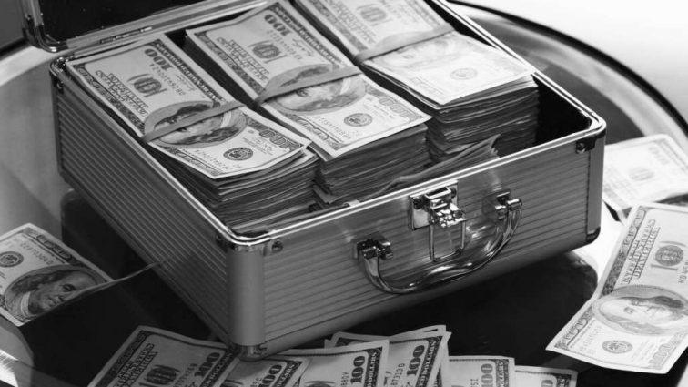 Иностранным инвесторам в 2017 году выплачено 1,8 млрд долларов