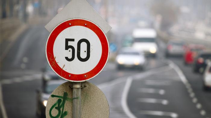 Уже позволили: водителям можно превышать 50 км/ч