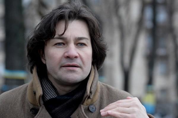 Министра в сопровождении двух женщин доставили к самолету на отдельном авто»: во сколько украинцам обошлась командировка Нищука