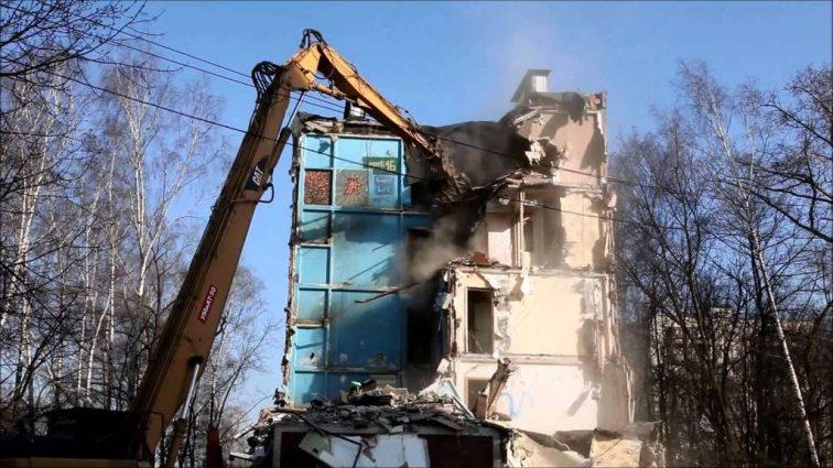 «Хрущевки» будут сносить: В Украине приняли закон о реконструкции жилья. Что будет с жителями