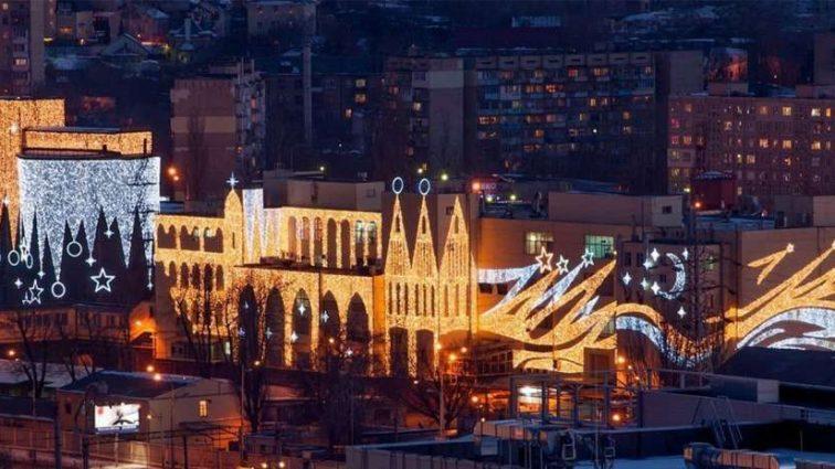 «Roshen Plaza» — Самой большой кондитерской фабрики Порошенко было мало, теперь она станет местом для развлечений