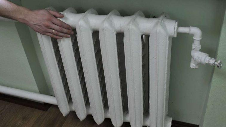 «Если температура в комнате ниже…» — В каких случаях коммунальщики должны возвращать деньги