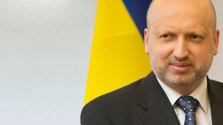 Стала известна зарплата Александра Турчинова: Сколько получает секретарь СНБО