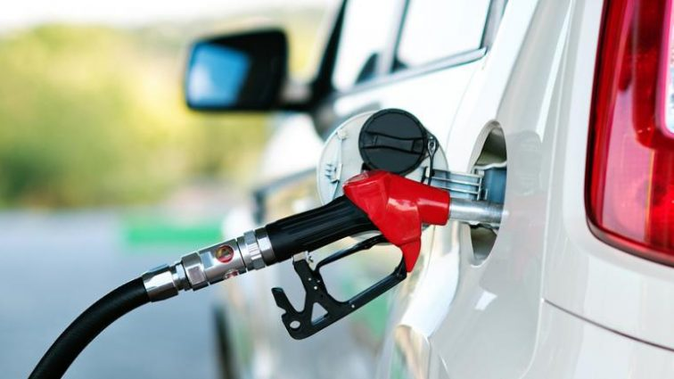35 гривен за литр: цены на АЗС поражают