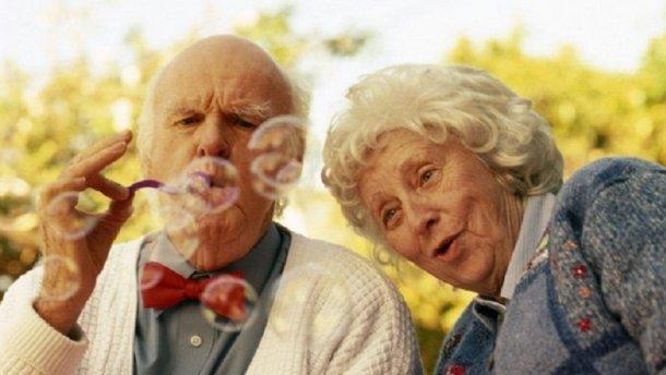 Пенсионеров необходимо заставить работать: пожилых людей ждут изменения