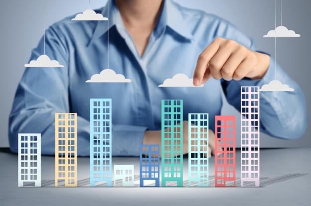Рынок недвижимости в Украине: резкий обвал или рост цен. Чего ожидать украинцам?