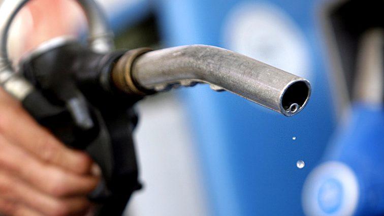 Стоимость продолжает расти: сколько теперь стоит бензин?