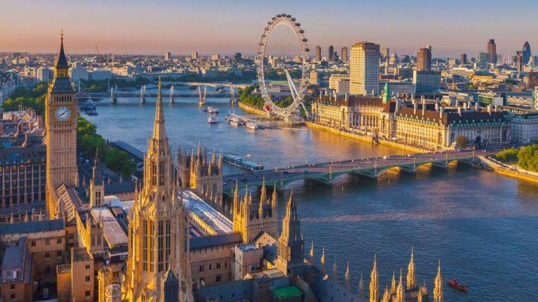 «Сладкая жизнь закончилась»: Британия может конфисковать имущество украинских политиков