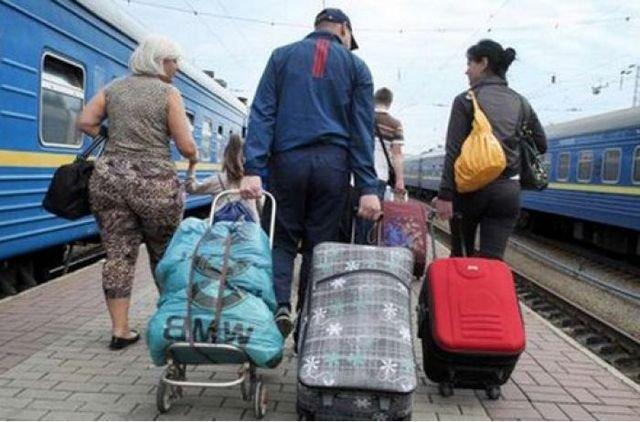 «Одну на остановке с инсультом» В Польше работодатель оставил украинку умирать на улице