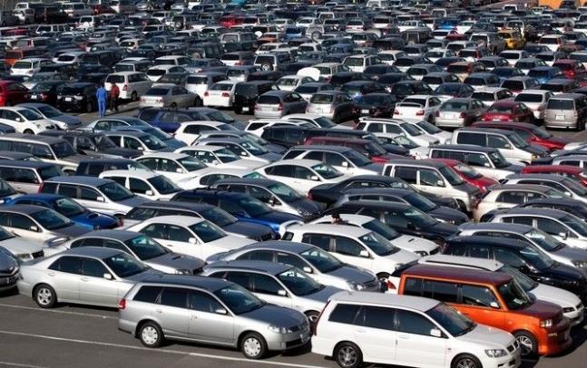 «Упрощенно ввоз и регистрацию»: внесли изменения в закон об импортных автомобилях