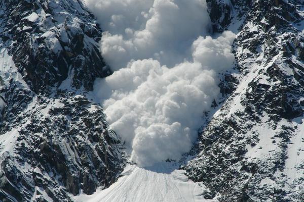 Будьте осторожны: ожидается снеголавинная опасность