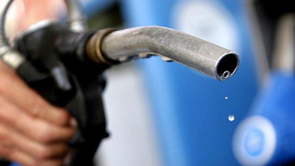 Эксперт рассказал, где и как украинцам найти дешевый бензин