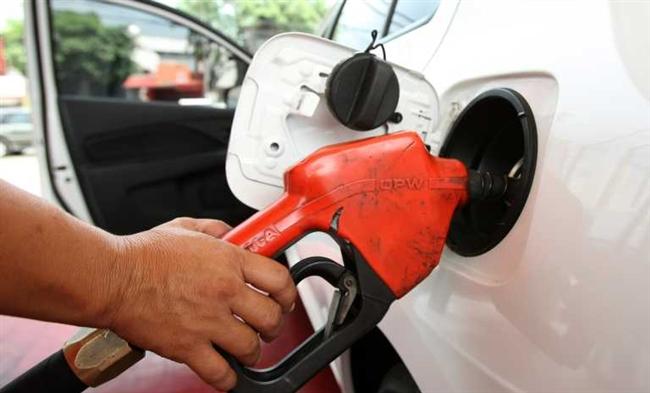 Цены впечатляют: НБУ назвал водителям стоимость бензина в течение 2018 года