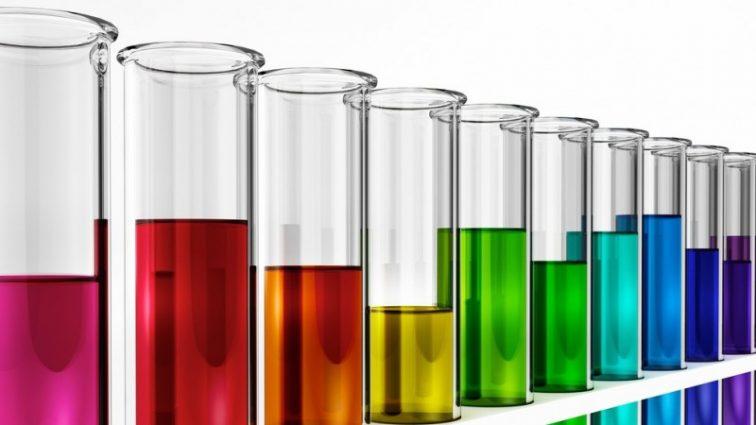 В организме 90% подростков уже есть химикаты: к чему это приведет