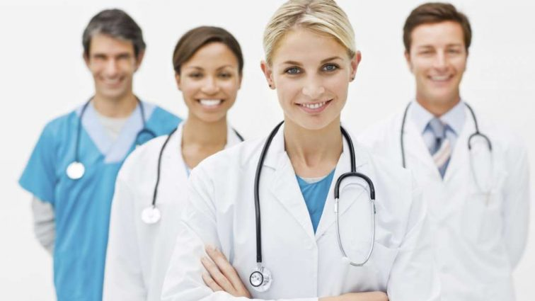 Каждому — свой врач подробнее о договорах, которые должны заключить украинцы