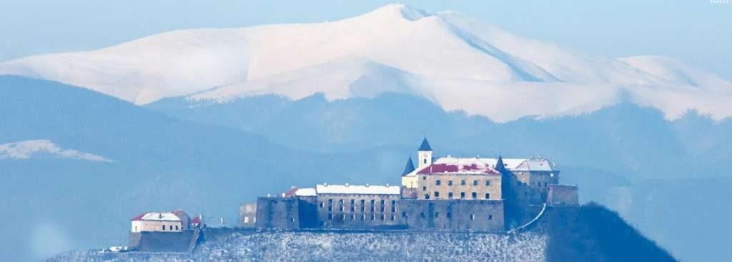 Холодная погода- это не повод сидеть дома!: узнайте лучшие места в Украине для отдыха зимой