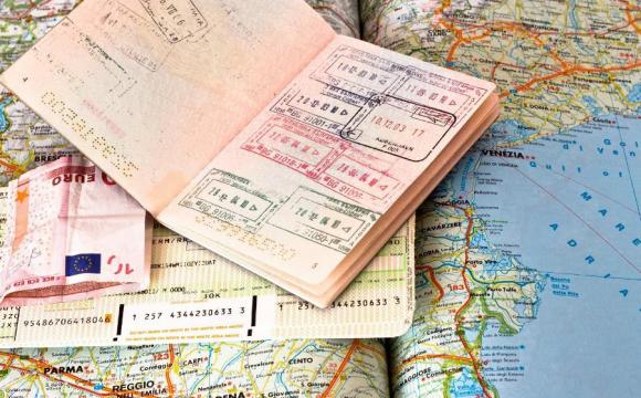 «Одноразовая будет выдаваться сроком до 30 дней, стоимость — $ 65»: В Украине вводят новый вид визы