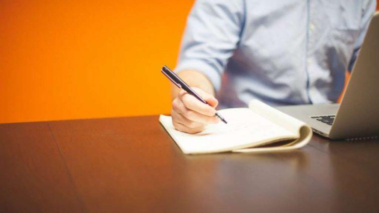 Этот документ нужен почти всегда: Как получить важную справку даже не выходя из дома