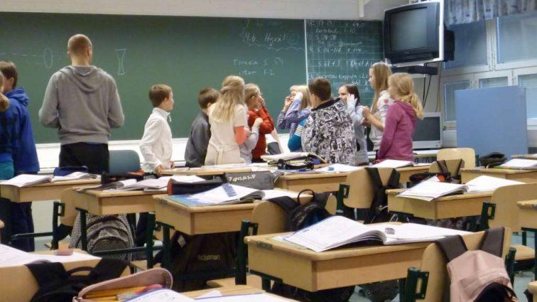 «Новые порядки в школе»: что нужно знать всем родителям Украины