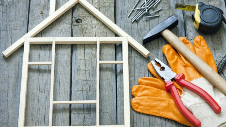 Выросли цены на строительные работы: сколько теперь будет стоить ремонт