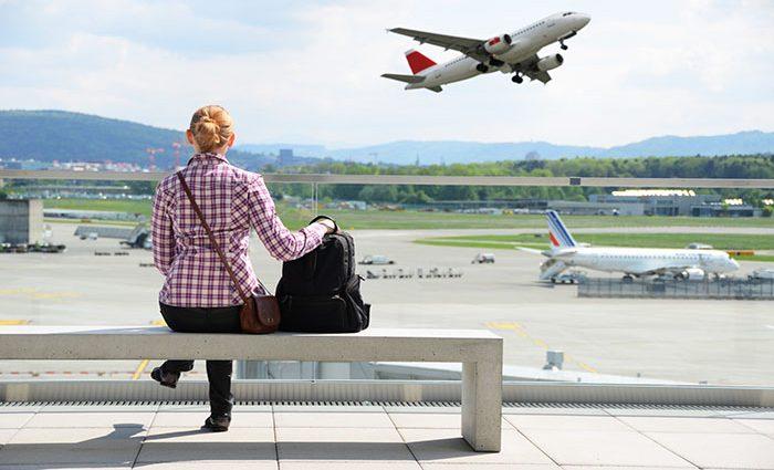 «Без него не выпустят»: Уже с 1 апреля новые правила выезда за границу. Что следует знать