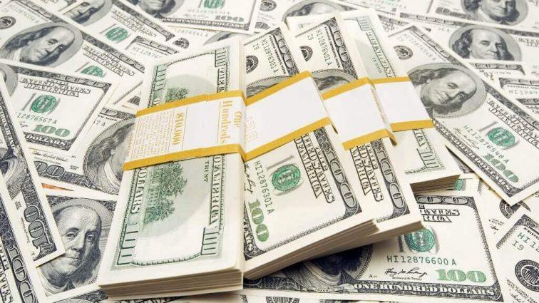Эксперты рассказали, что будет с долларом