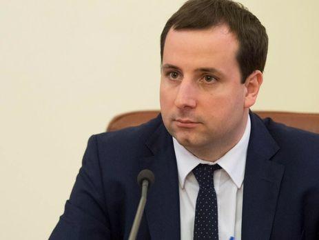«Минимальную зарплату увеличат до 5 тыс. грн …»: В Кабмине сделали неожиданное заявление