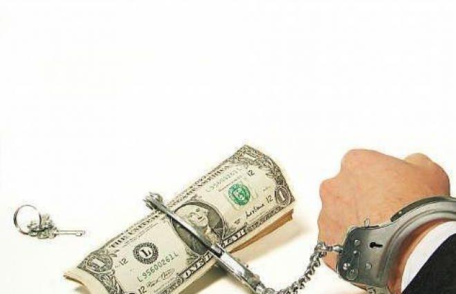 Не дают заранее погасить займы: как украинцев заманивают в кредитную кабалу
