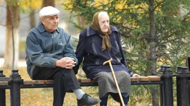 В марте 2019 украинцы с большим стажем пересчитают пенсии. Как все будет происходить