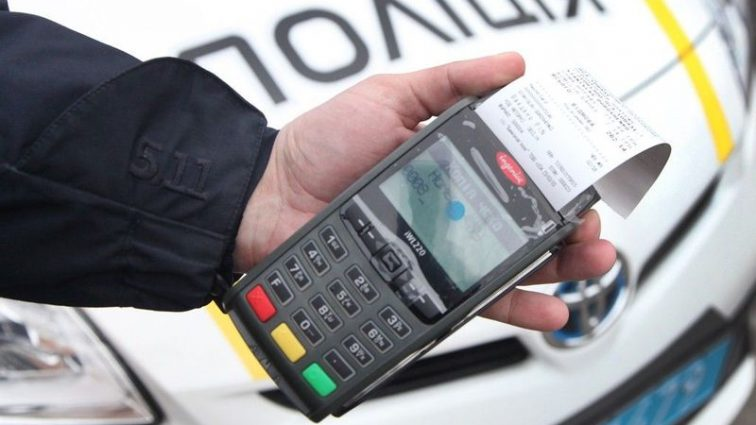 Украинских автомобилистов, нарушающих ПДД предупредили о жестких мерах