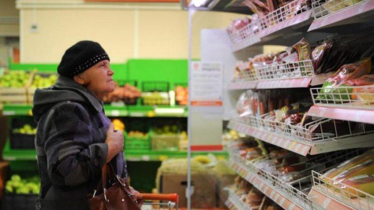 «Подорожало вдвое»: новые цены на продукты питания заставляют украинцев отказываться от необходимого