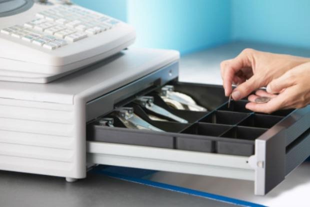 Эксперт рассказал, как новация с кассовыми аппаратами повлияет на «теневой» бизнес
