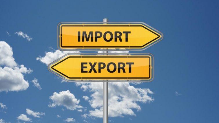 Украинцы стали ввозить больше российских товаров
