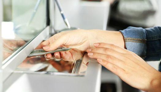«Внес гривны, получил доллары»: в Украине появятся банкоматы для обмена валют