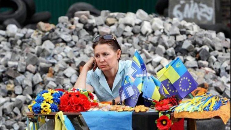 Украина встает с колен или катится в пропасть